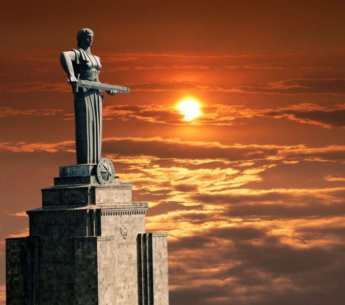 Армения EK/DL7UCX EK/DK7AO Туристические достопримечательности Мать Армении