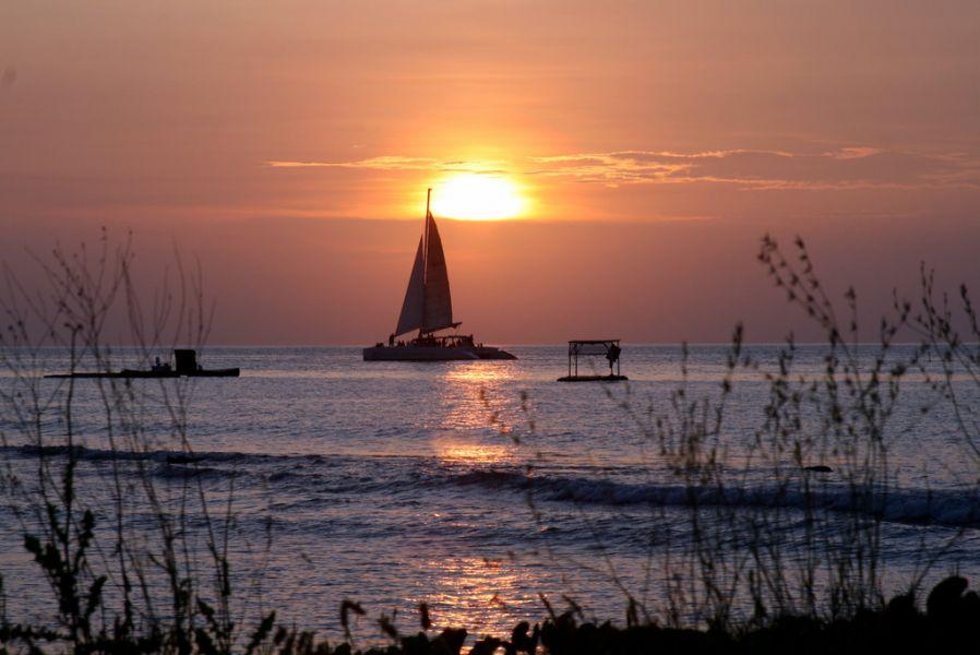 Aruba P40MM Tourist attractions spot Sunset.