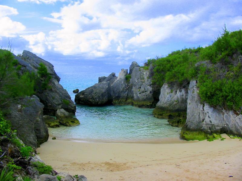 Bermuda Islands VA3QSL/VP9 Tourist attractions spot Jobsons Cove.