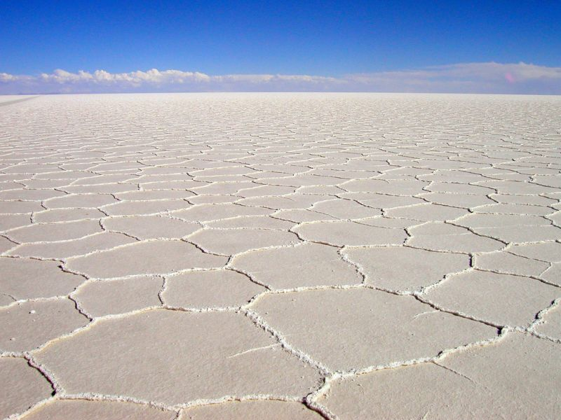 Bolivia CP6XGR Tourist attractions spot White desert, Uyni. The biggest salt desert in the world.