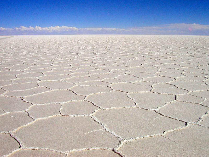 Bolivia CP6XGR Tourist attractions spot White desert, Uyni. The biggest salt desert in the world.