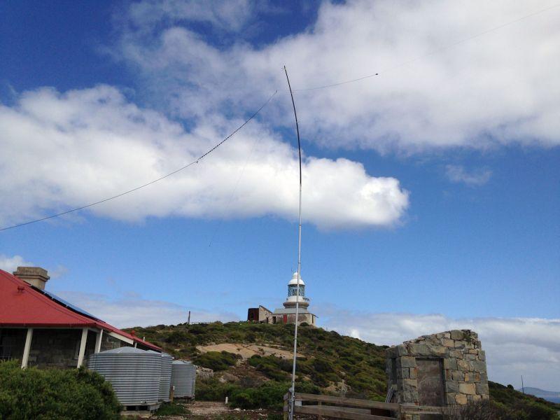 Breaksea Island VK5MAV/6 VK5CE/6 G5RV Antenna