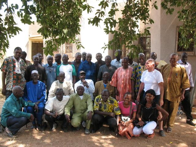 Буркина Фасо люди XT2AW