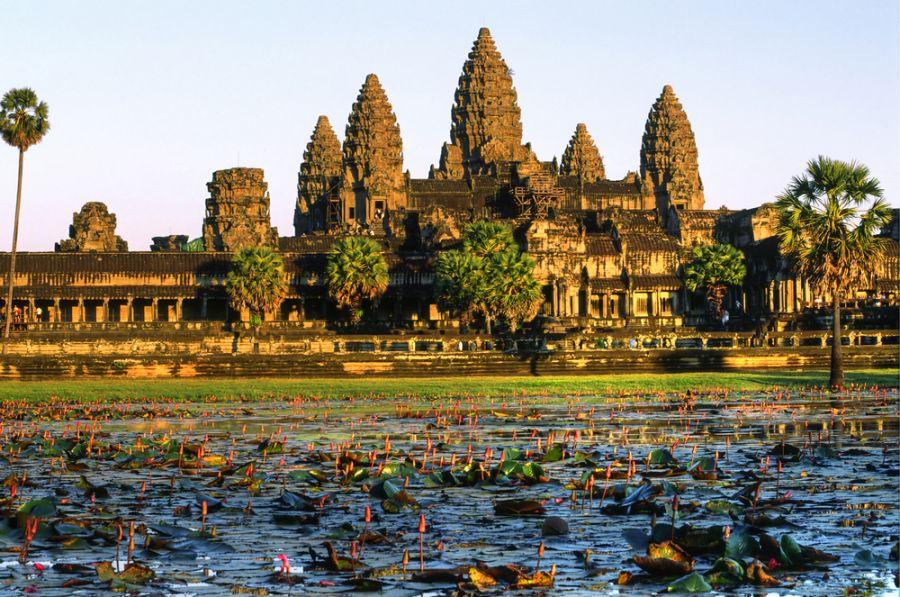 Cambodia XU7AHA DX News Angkor Wat Temple