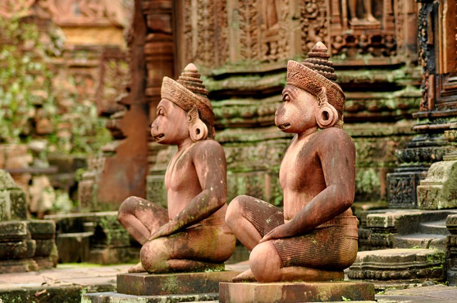 Cambodia XU7AHA Tourist attractions spot Gods sculptures