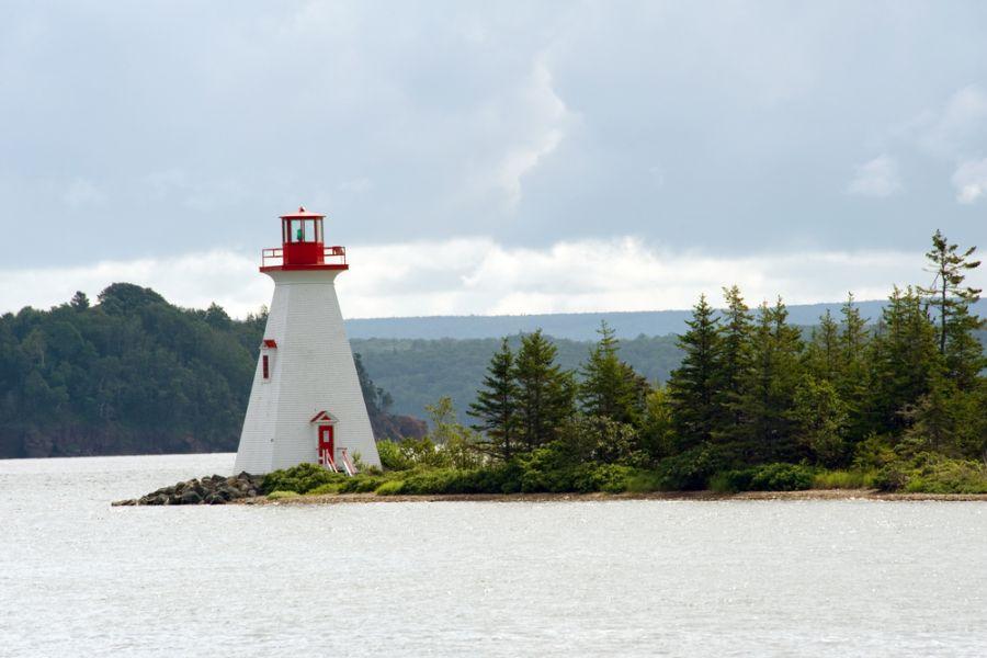 Cape Breton Island VE1DXA Tourist attractions spot Bras D Or lake lighthouse near Baddeck, Cape Breton