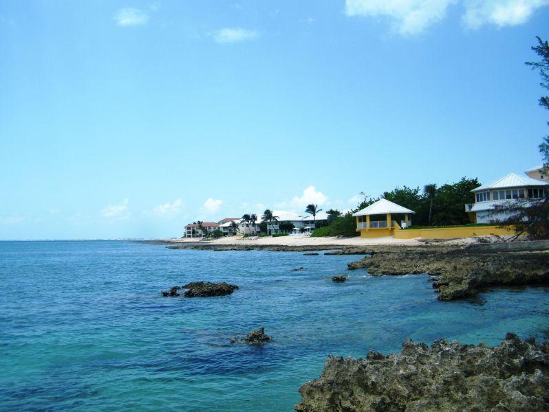 Cayman Islands ZF2DO
