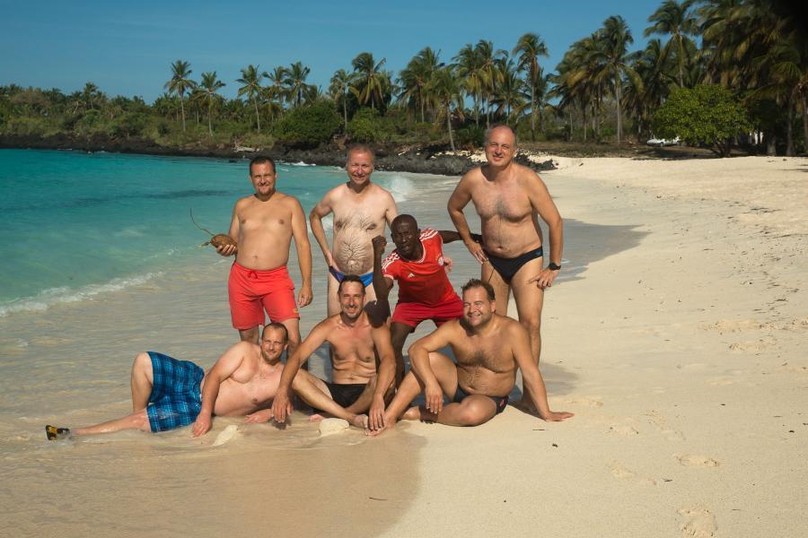 Comoro Islands D66D Image 27 September 2016