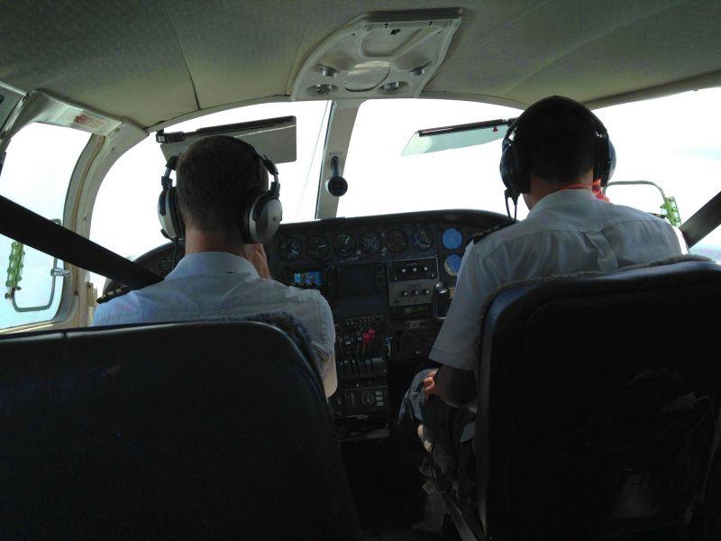 Остров Крокер Полет Пилот с практикантом