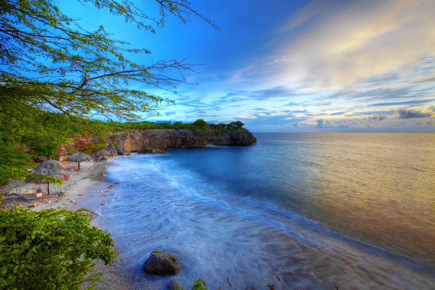 Curacao Island PJ2/PA1CC