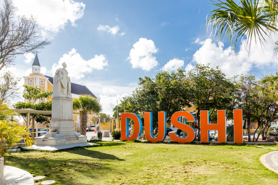 Curacao Island PJ2/KH0UN DX News Orange sign.