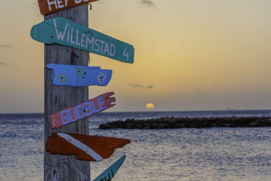Curacao Island PJ2/VE7ACN DX News Sunset.