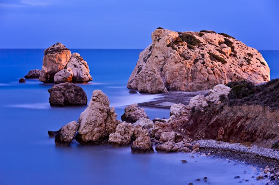 Cyprus 5B/DF8DX Tourist attractions spot Aphrodites Rocks, Paphos.