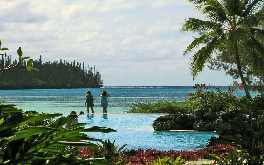 Des Pins Island FK/JG1XMV New Caledonia