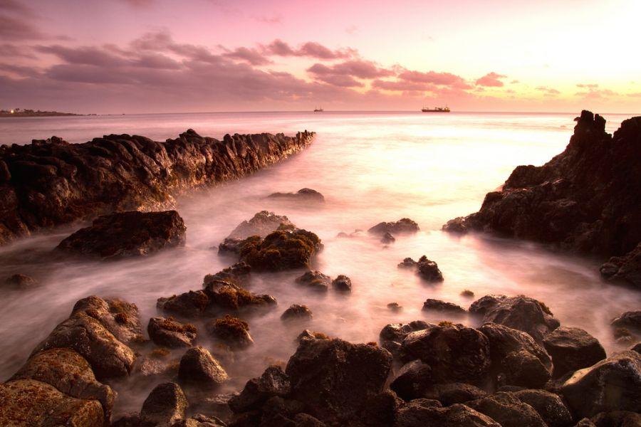 Easter Island CE0Y/CA3SOC DX News Coast.