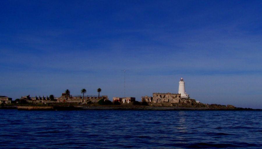 Flores Island CV5ER