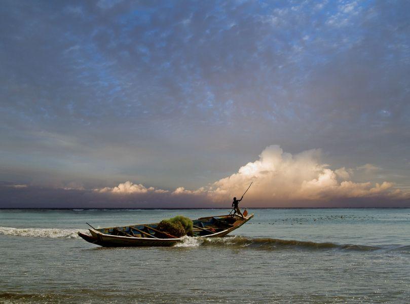 Гамбия C5NX Туристические достопримечательности Рыбак.