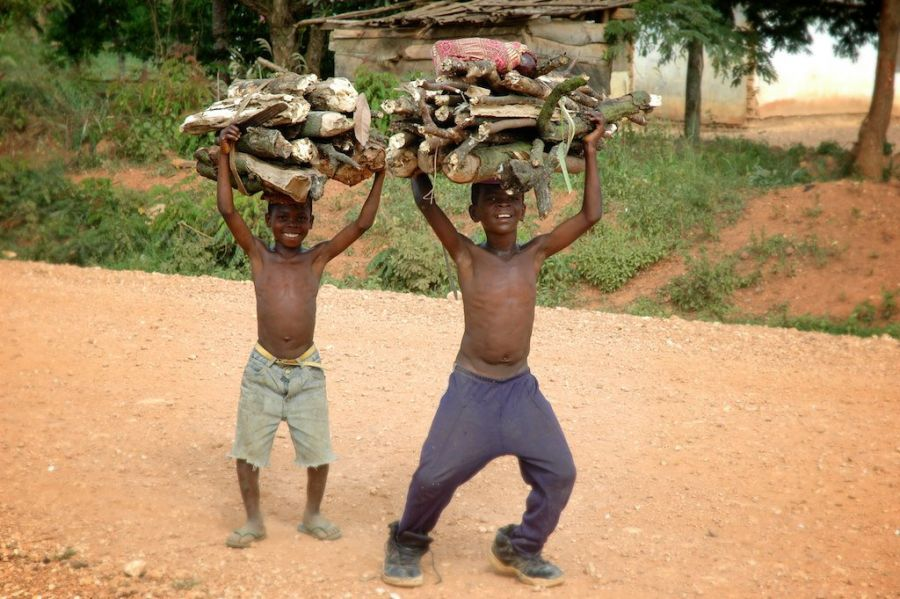 Ghana 9G5XA DX News 2015 Enterprising young boys gather cooking firewood from the jungle.