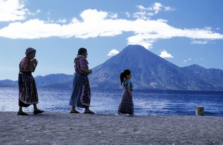 Гватемала TG5/W8ERI DX Новости Озеро Атитлан.