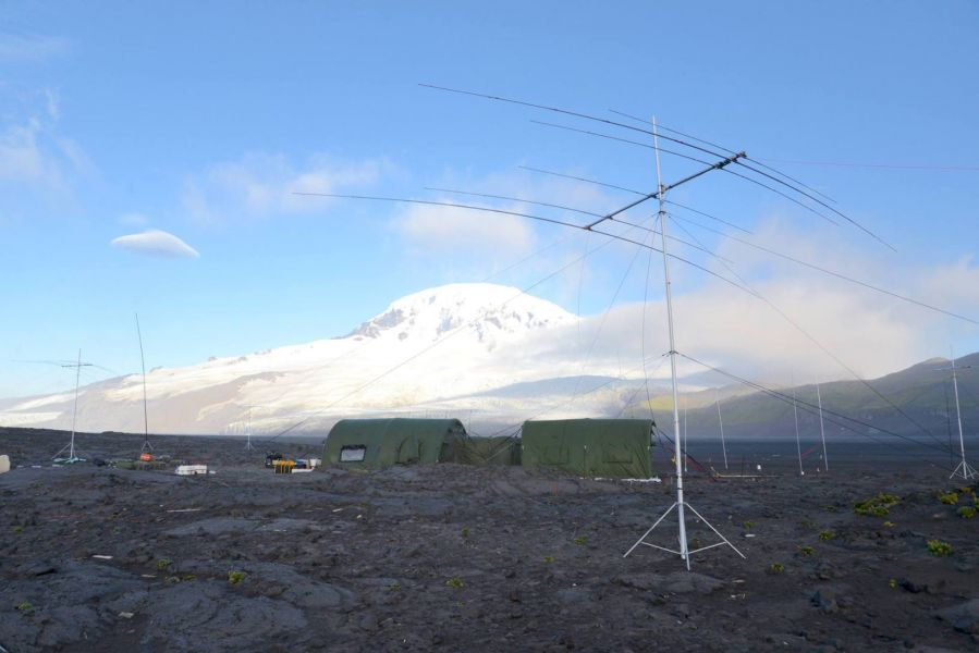 Heard Island VK0EK DX Pedition Big Ben and The Camp.