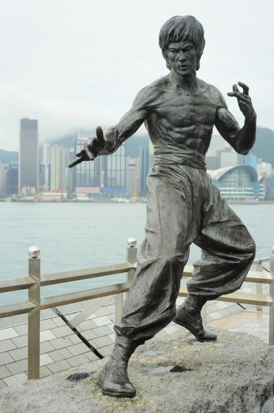 Hong Kong VR2XAN Tourist attractions Statue of Bruce Lee