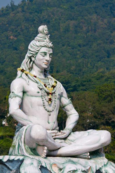 Индия VU3WDN Туристические достопримечательности Статую Бога Шива. Река Ганг, Ришкикеш.
