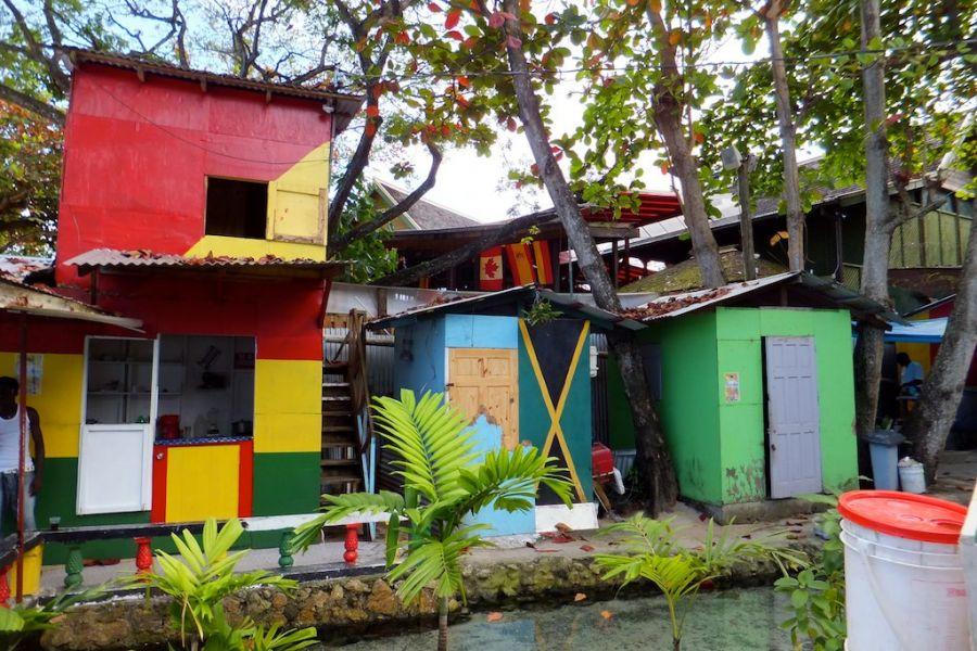 Ямайка N3XOF/6Y5 KB3BRR/6Y5 Ямайка в цветах, Очор Риос.