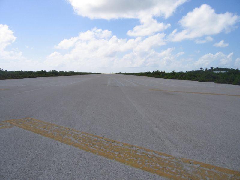 Kanton Island Phoenix Islands Central Kiribati T31W Tourist attractions spot Runway Airport.