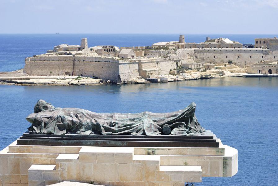 Malta 9H3G DX News Valletta.
