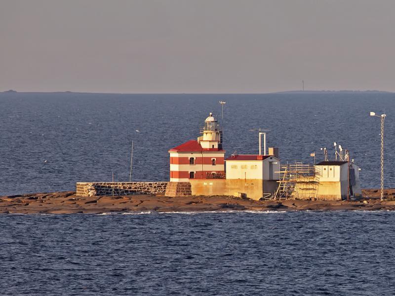 Market Reef Märket Island OJ0JR