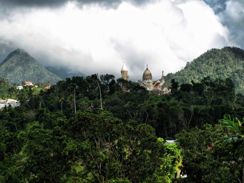 Martinique Island FM/N7BF FM/WT4BT TO4OC TO6ABM Tourist attractions spot Balata Church.