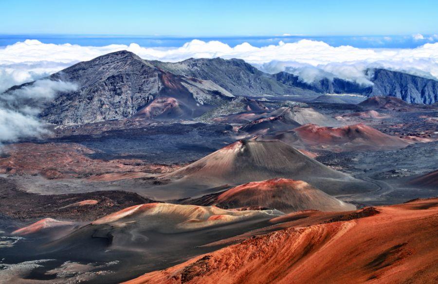 Maui KH6/G4BUO DX News Haleakala volcano, Haleakala National Park.