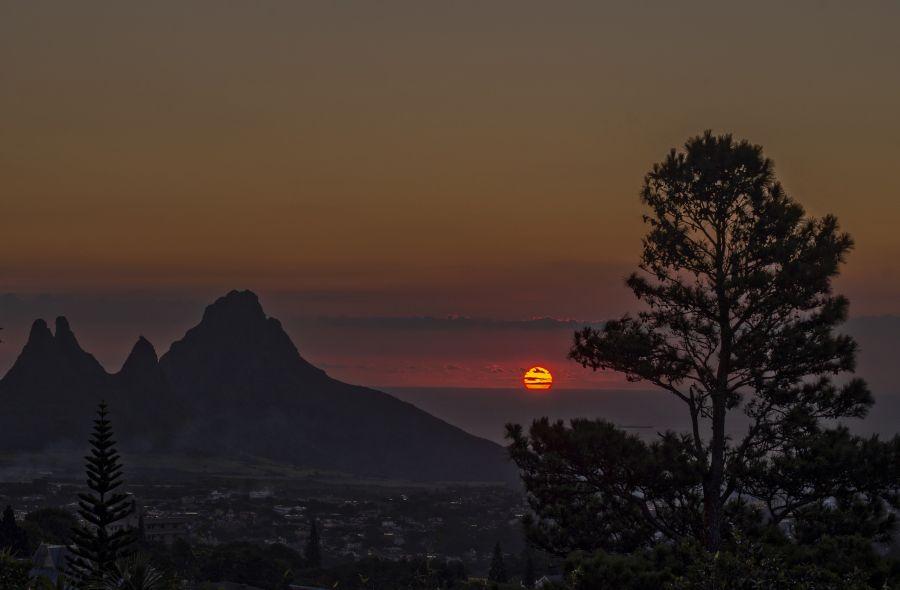 Остров Маврикий 3B8/IW1GIO Туристические достопримечательности Заход солнца