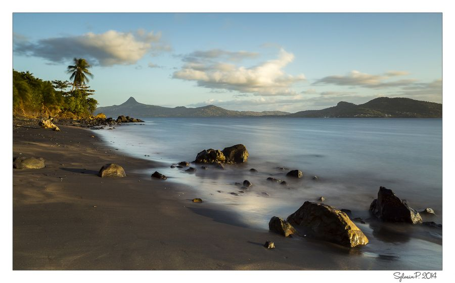 Mayotte Island FH/F2DX Tahiti Beach.