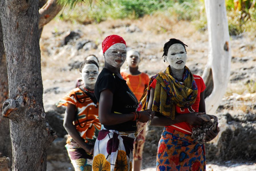 Mozambique C92ZO Tourist attractions spot Unidentified Makua women, with traditional white face mask