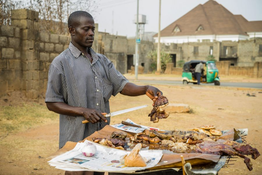 Nigeria 5N/LW9DTR Tourist attractions spot Suya Seller.