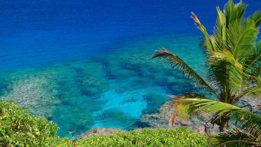 Остров Ниуэ E6AC Туристические достопримечательности Риф недалеко от гостиницы Матаваи.