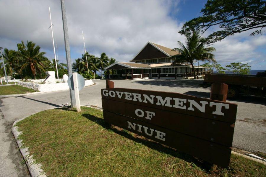Niue Island E6NK E6TE E6SS DX News