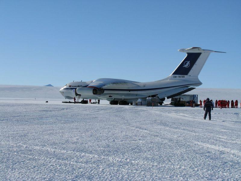 Novolazarevskaya Base RI1ANR Antarctica DX News