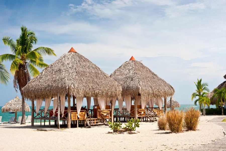 Panama HO2C DX News Massage Huts, Playa Blanca.