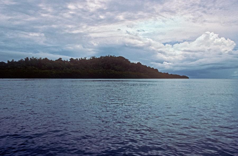 Pohnpei  V63ARJ V63LSS V63AVO V63PBL V63AYA Lenger Island