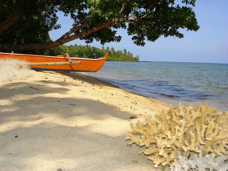 Polillo Island Polillo Islands DU1/JA1PBV DX News Binaba Beach.