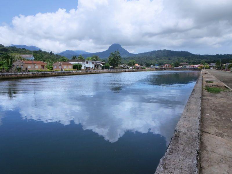 Остров Принсипи S9BK Туристические достопримечательности.  Рио Папагайо.
