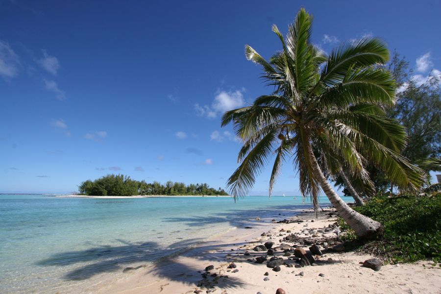 Rarotonga Island E51JNH Tourist attractions spot Muri Beach.