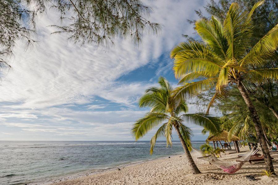 Rarotonga Island E51JNH Crown Beach Resort.