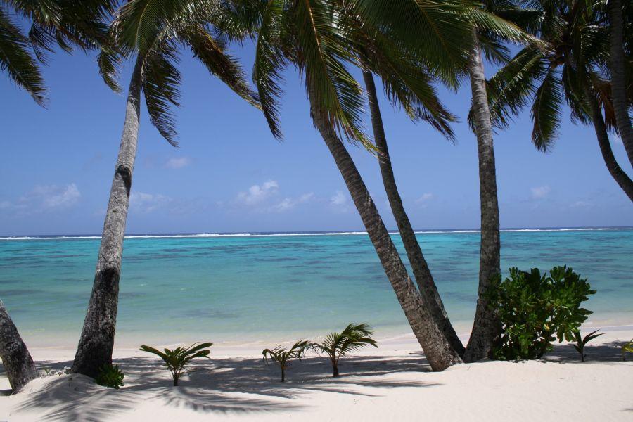 Остров Раротонга E51MRC Туристические достопримечательности Пляж.