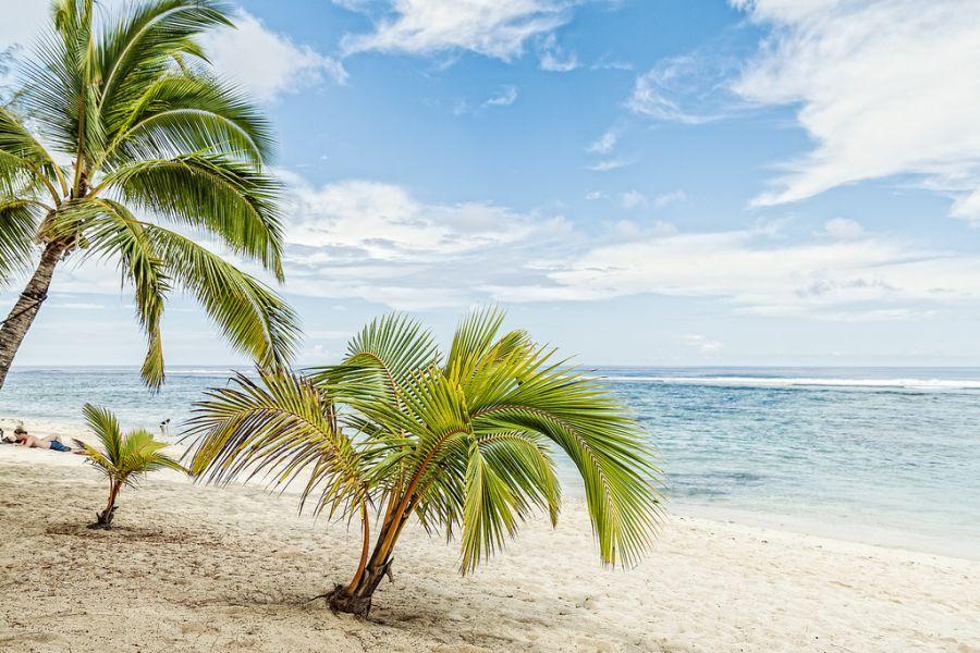 Остров Раротонга Острова Кука E51RR DX Новости Crown Beach Resort.
