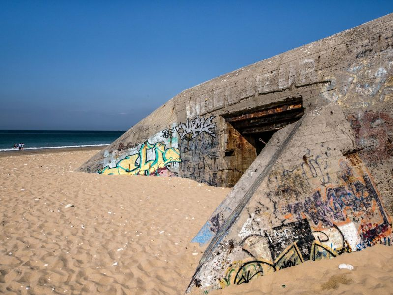 Re Island F4ELJ/P DX News Bunker WWII.