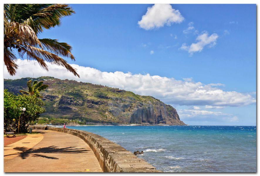 Остров Реюньон FR/DL1RPL FR/DL3RKS DX Новости Прекрасный пейзаж.