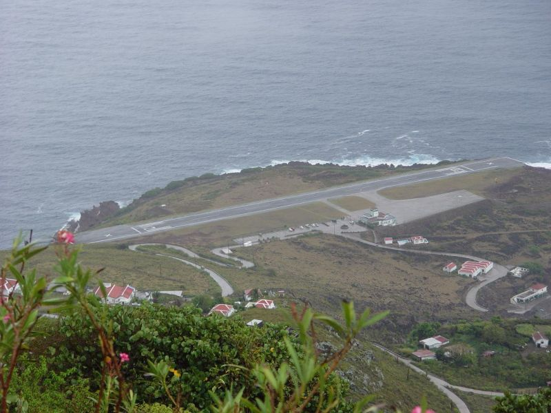 Saba Island PJ6/DF8AN Saba shortest international runway in the world.